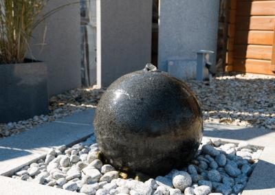 Ausstellungen Außenbereich Gartendeko Wasserkugel