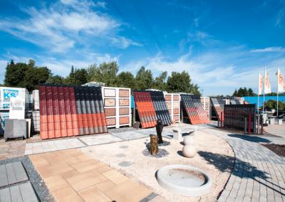 Ausstellungen Außenbereich Dachpfannen