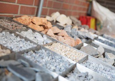 Ausstellungen-Außenbereich-Baustoffhandel-klocke-kalletal-054A0370