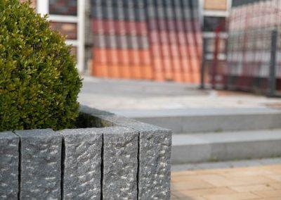 Ausstellung-Außenbereich-Baustoffhandel-klocke-kalletal-054A0670